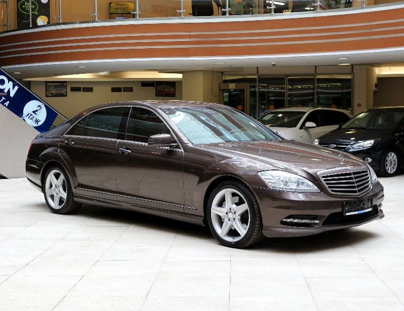 Mercedes-Benz S-klasse <br />3.5 AT (306 л.с.) 4WD