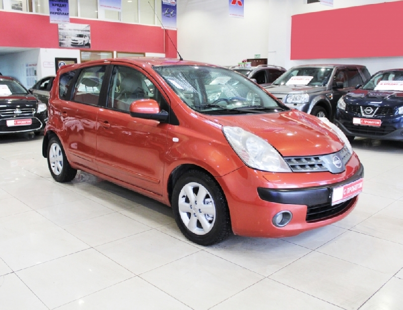 Nissan Note <br />1.6 AT (110 л.с.)