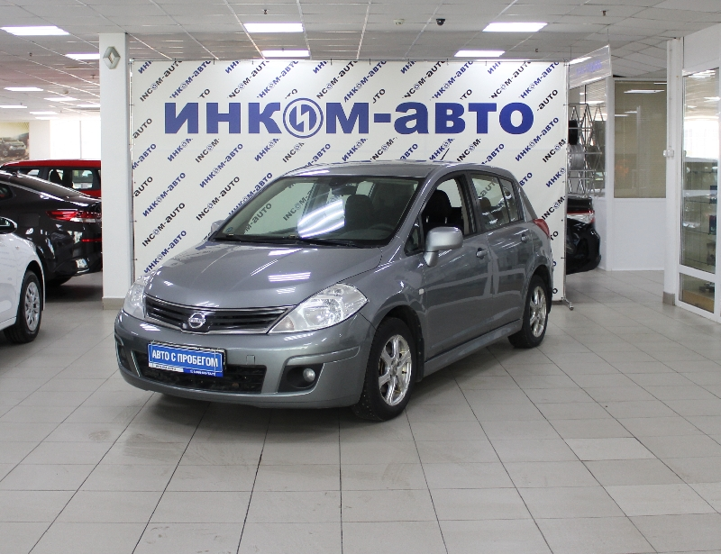 Nissan Tiida <br />1.6 AT (110 л.с.)