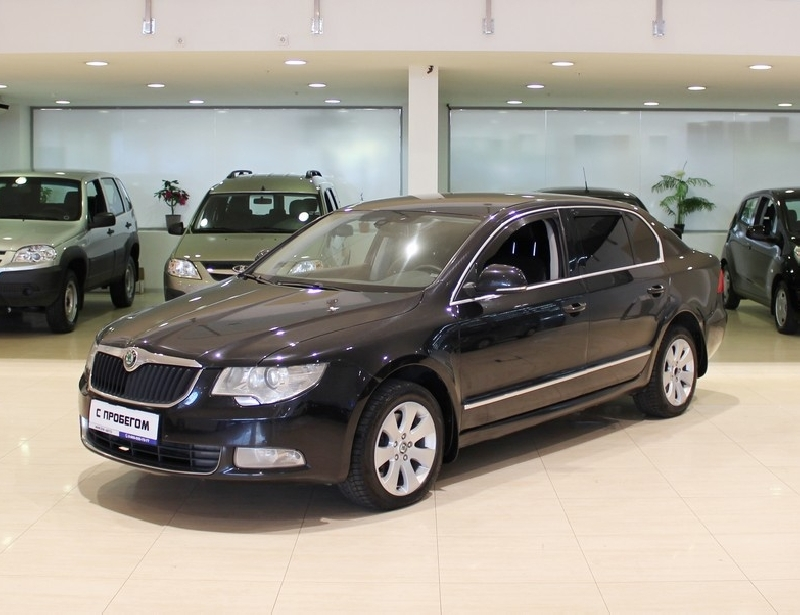 Skoda Superb <br />1.8 MT (152 л.с.)