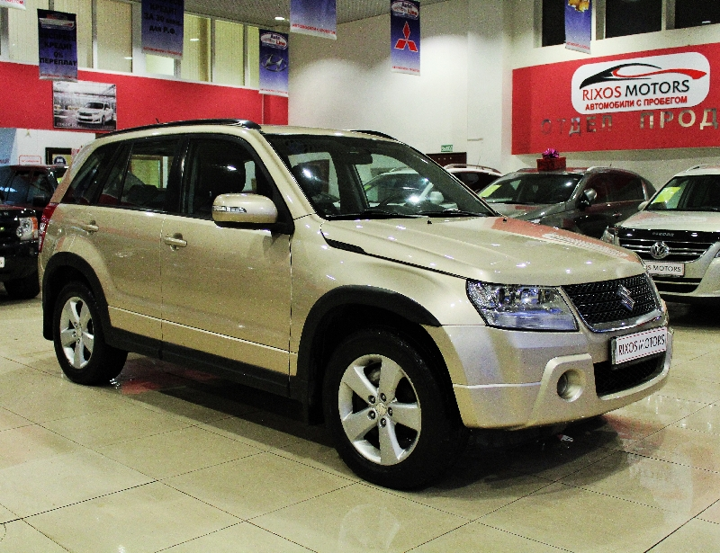 Suzuki Grand Vitara <br />2.4 AT (169 л.с.) 4WD
