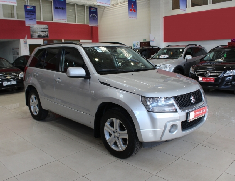 Suzuki Grand Vitara <br />2.0 AT (140 л.с.) 4WD