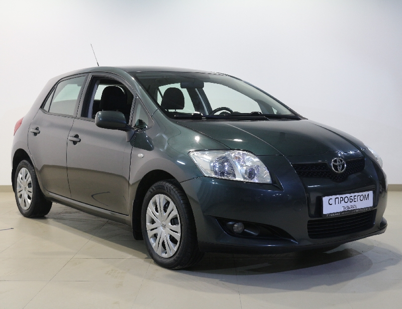 Toyota Auris <br />1.6 AT (124 л.с.)