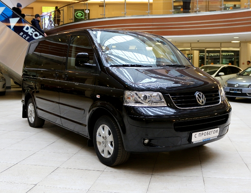 Volkswagen Multivan <br />2.5d AT (131 л.с.)