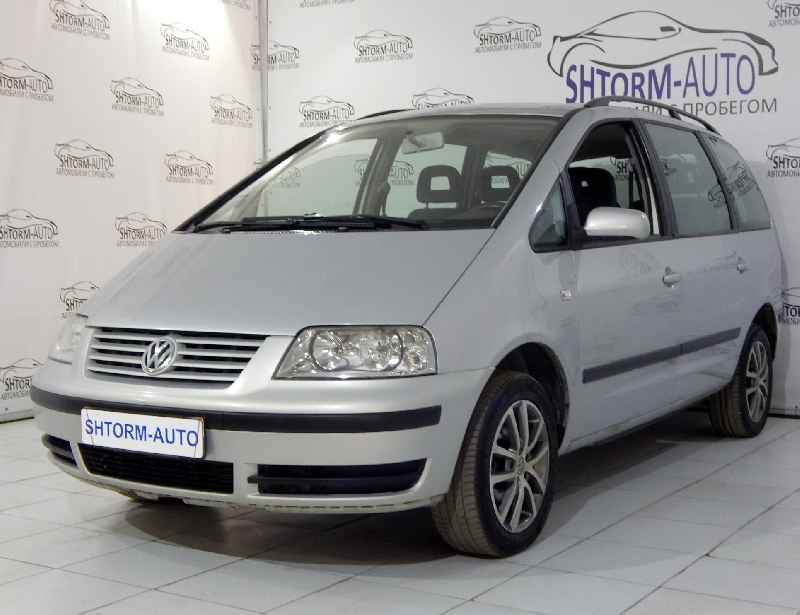 Volkswagen Sharan <br />1.9d MT (115 л.с.)