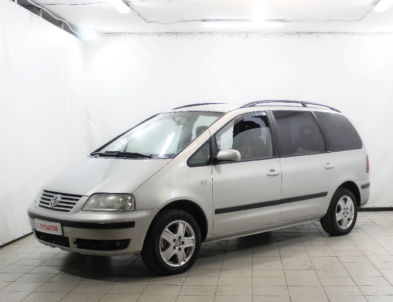 Volkswagen Sharan <br />1.8 MT (150 л.с.)