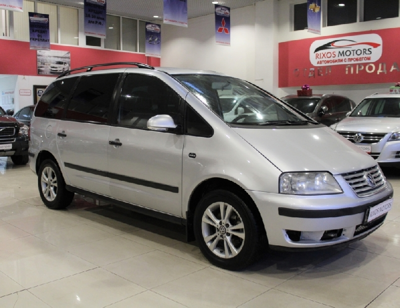Volkswagen Sharan <br />1.9d MT (130 л.с.)