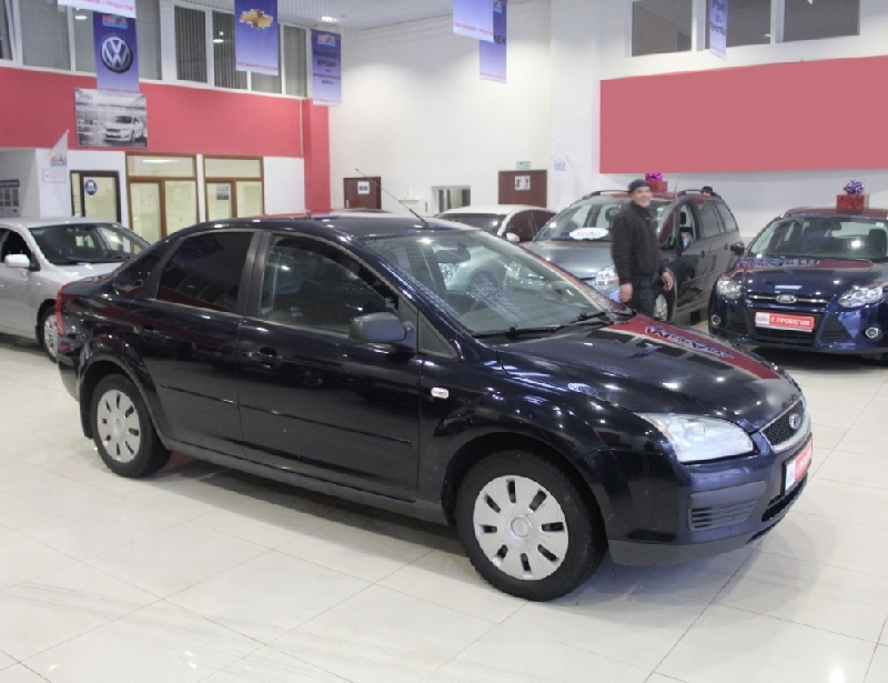 Ford Focus <br />1.6 MT (100 л.с.)