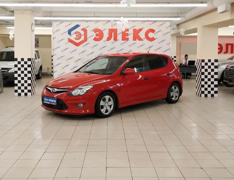 Hyundai i30 <br />1.6 AT (126 л.с.)