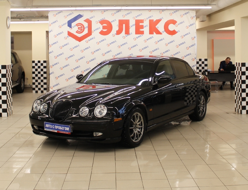 Jaguar S-Type <br />3.0 AT (238 л.с.)