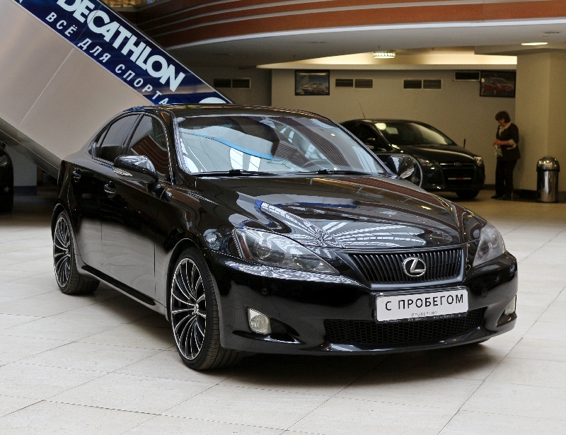 Lexus IS <br />2.5 AT (208 л.с.)