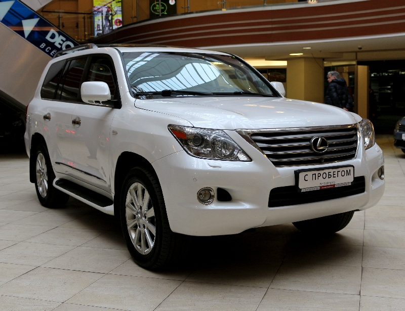 Lexus LX <br />5.7 AT (367 л.с.) 4WD