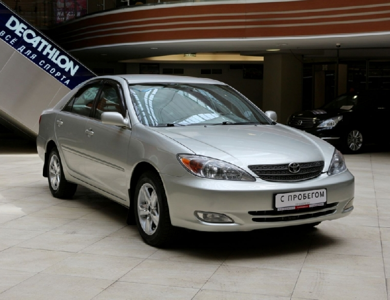 Toyota Camry <br />2.4 AT (152 л.с.)