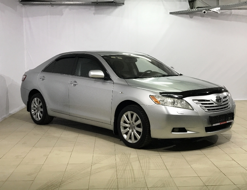 Toyota Camry <br />2.4 AT (167 л.с.)