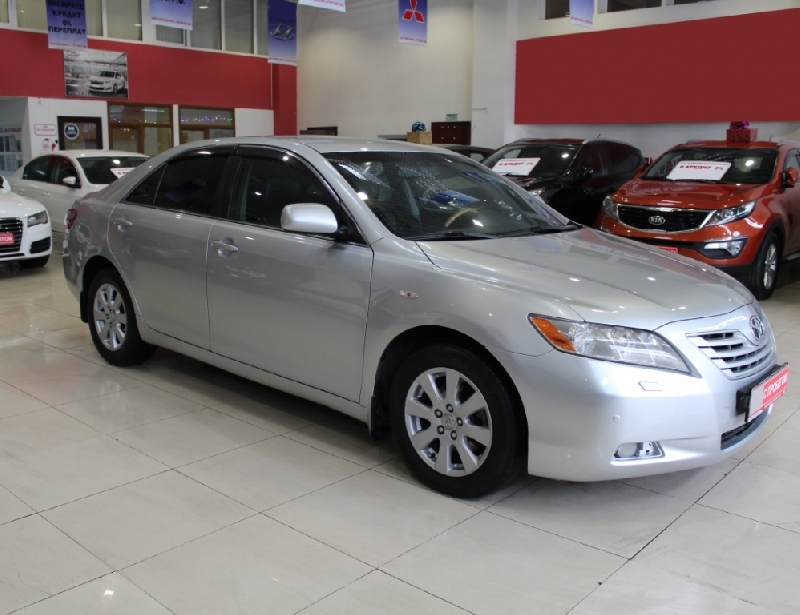 Toyota Camry <br />3.5 AT (277 л.с.)